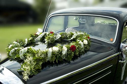 Dekoration Auto Hochzeit