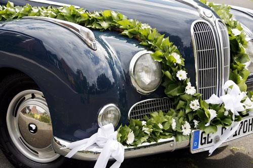 Hochzeitsauto Schmuck